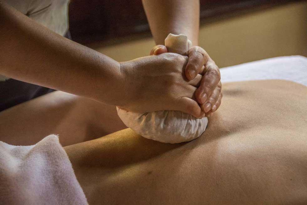 درمان آرتروز با ماساژ تایلندی